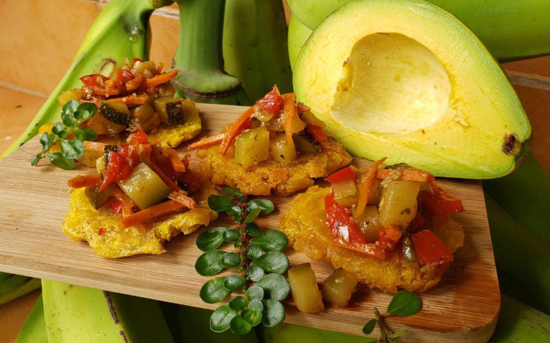 Tostones Coronados de Vegetales